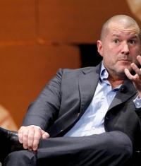 Джони Айв подготавливает Apple Store к продажам Apple Watch