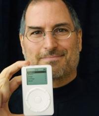 В судебном процессе против Apple решили обратиться к Стиву Джобсу