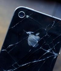 Поломка iPhone сподвигло школьницу на ограбление магазина