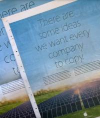 Apple подшутила над Samsung в своей рекламной акции