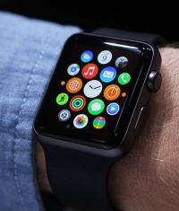За первый день было продано почти миллион Apple Watch