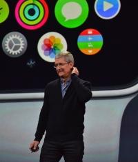 Появились первые обзоры и реклама Apple Watch (Видео)