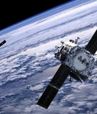 Apple может купить коммуникационные спутники Boeing