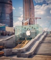 В Instagram опубликовали фейковое фото 1-го российского Apple Store