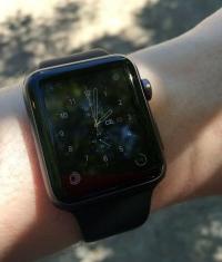 DisplayMate рекомендует покупать только Apple Watch Sport