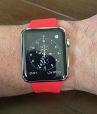 Уилл Карлинг показал в Twitter эксклюзивную сборку Apple Watch Sport