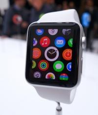 Аналитики: вряд ли Apple Watch покажут рекордные продажи в России