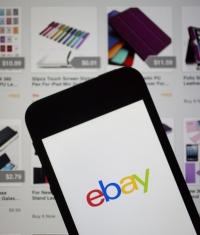 На eBay за год продали устройств от Apple на $2 млрд.