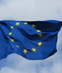 Еврокомиссия хочет ограничить внутренние покупки в приложениях Google и Apple