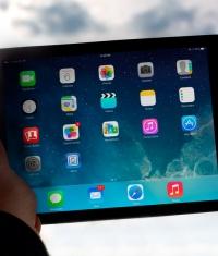 iOS 7.0.6 установлена на 50.06% всех iOS устройств