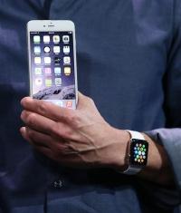 Из-за Apple Watch пользователи стали охотнее переходить на iOS 8