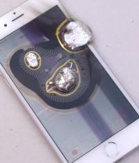 Уничтожение iPhone 6 расплавленным металлом (Видео)