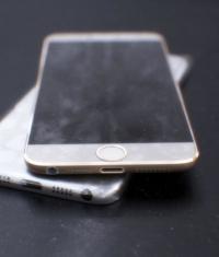 Опубликованы фото, возможно, прототипа iPhone 6