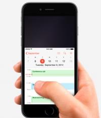 Apple сделала iPhone 6 Plus эргономичным и удобным (Видео)