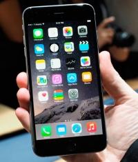 iPhone 6 Plus – самый популярный планшетофон в Америке