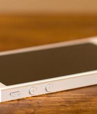 Apple объявила о начале программы по замене дефектных аккумуляторов iPhone 5