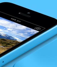 В России обнаружены большие остатки iPhone 5c у ритейлеров компании Apple