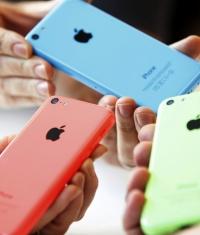 Зачем нужен iPhone 5c с 8 Гбайтами памяти?