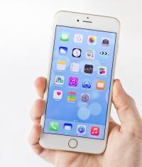 Пять советов, как управлять iPhone 6 и iPhone 6 Plus одной рукой?
