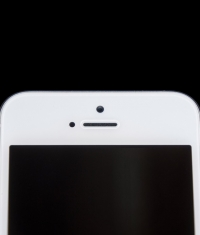 Apple хочет применить новое технологическое решение в iPhone (расположение камеры)