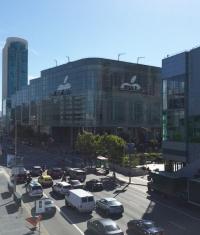 Apple подготавливает комплекс Moscone West к конференции (Фото)