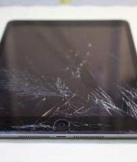 Замена разбитого тачскрина у iPad mini 2