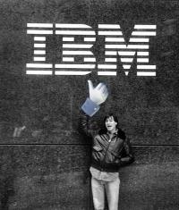 Apple набирает новых сотрудников для работы с корпоративными клиентами
