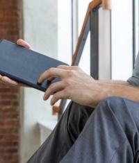 В России появились фирменные чехлы для iPad mini - SurfacePad