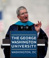 Тим Кук: Apple смогла достичь цели, поставленной Джобсом