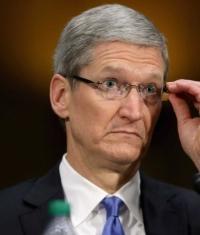 У Apple скопилось 160 миллиардов долларов, и они ищут куда их вложить